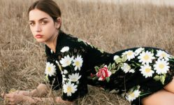 ana-de-armas-by-wai-lin-tse-for-instyle-us-march-2016-1-1-660x400