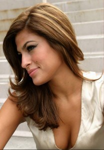 Eva-Mendes-hot-and-sexy-208x300