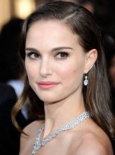 Natalie-Portman-sexy-and-stylish-223x300